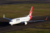 QANTAS BOEING 737 800 SYD RF IMG_9595.jpg