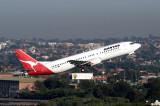 QANTAS BOEING 737 400 SYD RF IMG_9697.jpg