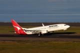 QANTAS BOEING 737 800 SYD RF IMG_9557.jpg