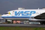 VASP BOEING 737 200 CGH RF 1729 16.jpg