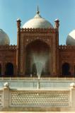Badshahi Mosque fountain
