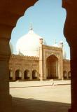 Badshai Mosque thru arch.