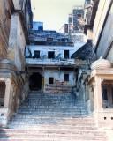 Varanasi-stairs to Ganga