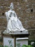 Florence: Catherine de Medici statue