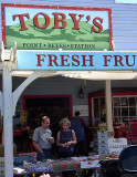 Pt. Reyes Station, California: Toby's Market & Gallery
