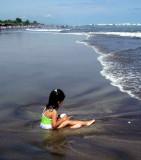 At sea level... by Carlos Camacho