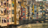 Coloured FACING houses, FACING the river - by endika