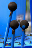 3 knobs