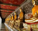 Cloister of Buddha images