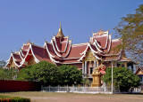 Temple next to Pha That Luang