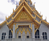 Wat Sothorn facade, close up