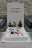 Dans le cimetière de Montparnasse - Tombe de Jen-Paul Sartre et Simone de Beauvoir