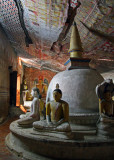 Buddha images and dagoba