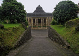 Amanjiwo entrance drive