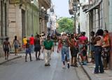 Calle Cuba street scene