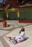 Meditation, Shwedagon Pagoda