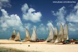 Jangadas na Praia de Caraúbas, RN