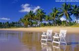 Cadeiras na Praia do Cassange, Península de Maraú