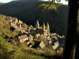 05 Village and Abbaye 87007015.jpg