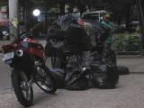 moto and trash