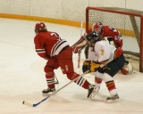 Hockey QnsVsYork 08338.JPG
