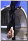 Danielle 001 .jpg  -  LA POSITION DE LA CHAUVE-SOURIS  /  BAT POSITION