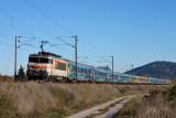 Near Les Arcs-Draguignan, the BB22271 and a Téoz train, heading to Marseille.