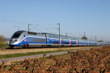 A double units of TGV Duplex at Cuers, heading to Marseille.