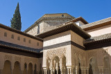 Alhambra: Palacio Nazaries: The Courtyard of the Lions