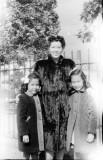 Loretta, Aunt Gert, Juanita