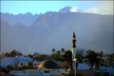 IMGP1160 Mosquée et Piton des Neiges.jpg