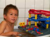 2007-09-08 Taking a bath