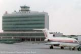 1974 - United Airlines B727-222 at the old Atlanta terminal