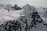 Peak 9535 (Foreground) & Peak 9501 (L Background), View SE  (Compton2-051507-_078.jpg)