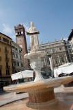 3190 - Verona - Fountain of Madonna Verona.jpg