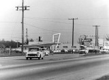 1950's - Henry's Drive-In on NW 27th Avenue and 69th Street
