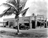 1920s - Hialeah Drug Company, Palm Avenue and E. 1st Street and County Road (later Okeechobee Road), Hialeah