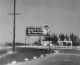 1951 - the Palms Motel at the southeast corner of US 1 and SW 67 Avenue, Dade County