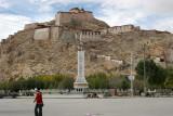 Dzong-Castle.jpg