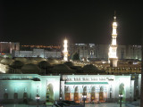 Masjid an-Nabawi by night 2