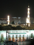 Masjid an-Nabawi by night 3