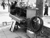 Mobile bicycle repair shop