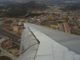 Final Approach to Tegucigalpa (it looks like you are landing in the middle of the city