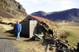 Núpsstaður, laying the grass on the roof