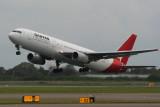 VH-ZXE - QANTAS 767 - Brisbane 16 Feb 07