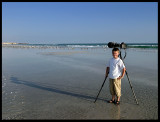 Martin - helping hand (Gull photography near Khawr Rawri)