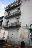 NO9753 Three balconies
