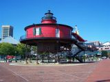 Baltimore inner harbor 027.jpg