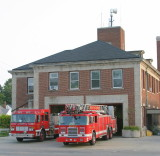 2007-july-detroit-fire-engine-55-ladder-27-firehouse-18140-joy-rd.JPG