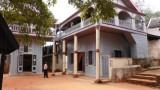 abohominga4palace456.jpg